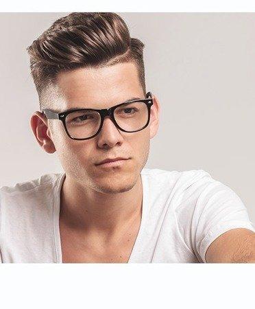 COPSE - to silnie ujędrniająca pomada do włosów. Idealne do klasycznego podkreślenia stylizacji, takich jak styl pompadour, flattop lub quiff.